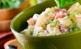 Grill-Klassiker - Kartoffelsalat zum Grillfest