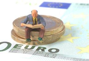 Kleinanleger bleiben auf hohen Verlusten mit griechischen Staatsanleihen sitzen