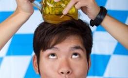 Kleine Bierkunde - Asiate auf dem Oktoberfest