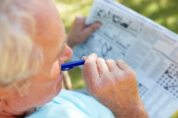 Gehirntraining für Senioren - Gehirnzellen kann man mit Rätseln und Übungen trainieren.