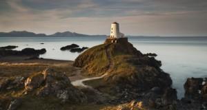 Wales hat eine wunderbare Küstenlandschaft.