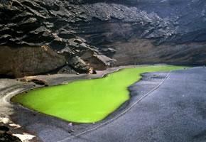 Lagune El Golfo in einem Vulkanischen Krater