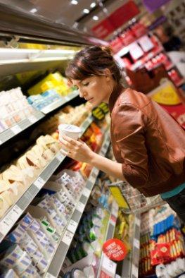 Kritische Verbraucherin: Lebensmittel-Imitate sind gesellschaftsfähig
