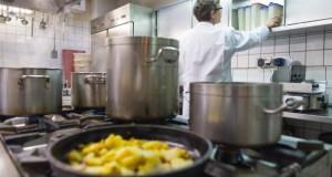 Lebensmittelkontrolleure sind immer im Einsatz für Gesundheit und Hygiene.