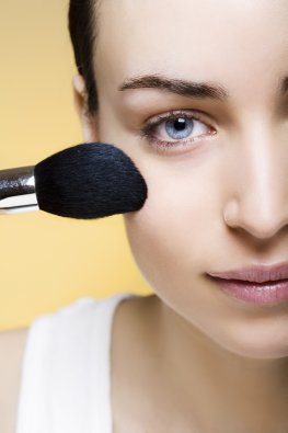 Schminken: Make-Up bei Hautproblemen