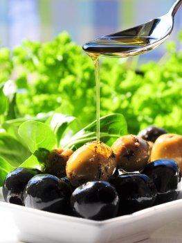 Kalt gepresstes Olivenöl - mediterane Kost gegen das metabolische Syndrom