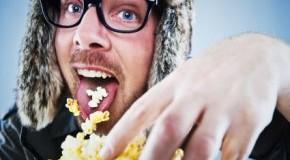 Mhhh lecker - frisches Popcorn für den Kinoabend