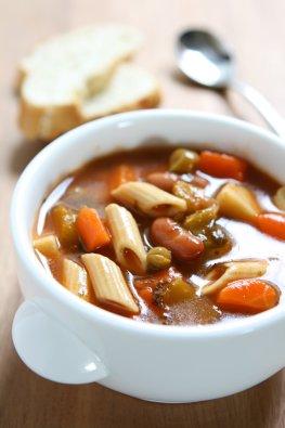 Minestrone - die Gemüsesuppe aus Italien