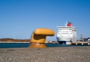 Mit der Fähre fährt man nach Gotland