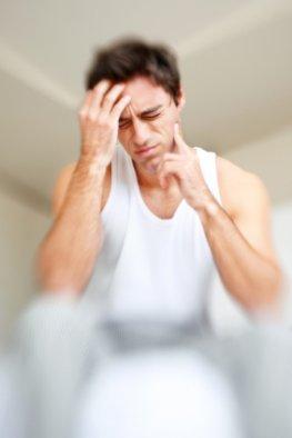 Morbus Menière - Schwindelanfall und Hörstörungen machen dem Mann zu schaffen