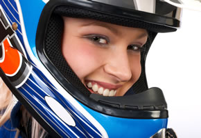 Motorradfahrerin - Die Motorradsaison hat begonnen