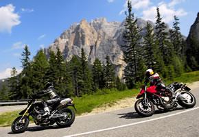 Im Frühling fängt die Motorradsaison an