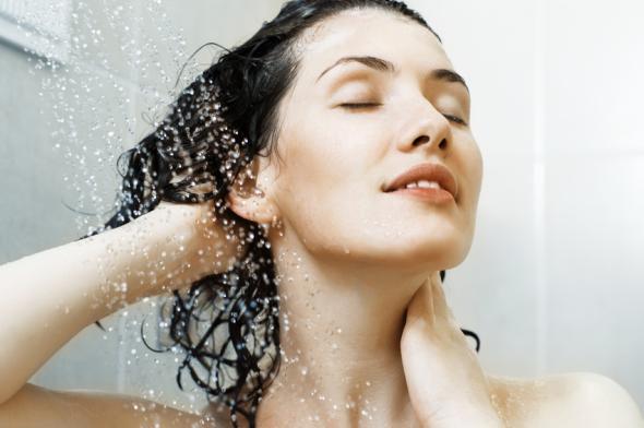 Haarpflege aus natürlichen Mitteln ohne Chemie.