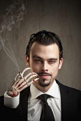 Nikotinsucht - die Tabakindustrie mischt Suchtstoffe in den Tabak