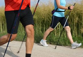 Nordic Walking - gut für den Kreislauf und die Fitness