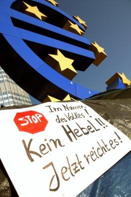 Occupy Frankfurt: Proteste gegen die EZB - die Steuerzahler haben die Nase voll von Rettungen