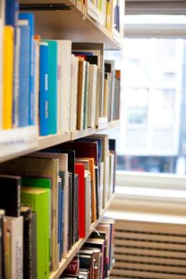 Öffentlicher Bücherschrank - Literatur kostenlos