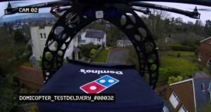 Die Drohne liefert die Pizza per Luftpost aus.