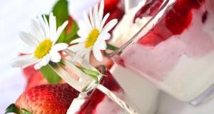 Quarkspeisen kann man mit jeder Frucht mischen.