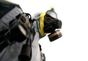 Radioaktive Verstrahlung - Schutz durch Atemschutz und Kleidung