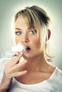 Raucher leben gefährlich: Rauchen fördert Arthritis