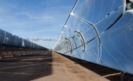 Solarenergie: Reflektoren im Solarkraftwerk Andasol