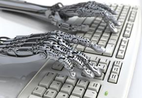 EIn Roboter schreibt auf einer Tastatur
