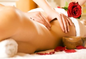 Rückenmassage zum entspannen
