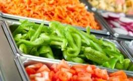 Salatbar in der Kantine