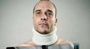 Schleudertrauma - heftige Problem mit dem Halswirbel