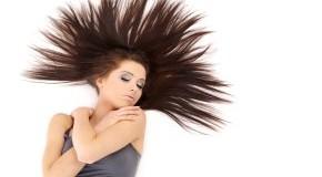 Schönes Haar mit viel Volumen