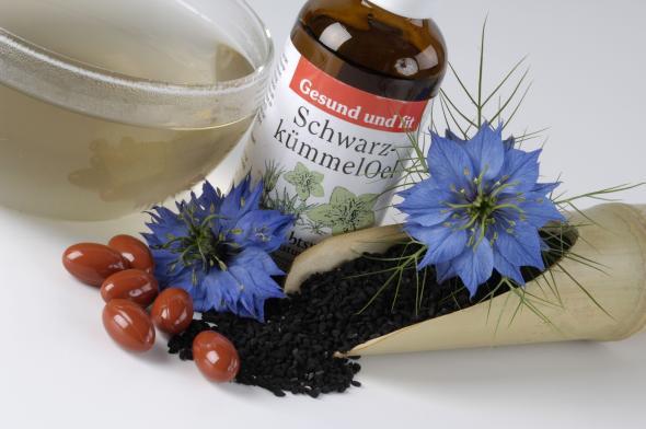 Das Naturheilmittel Schwarzkümmelöl.