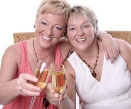 Sekt trinken und den Blutdruck ankurbeln