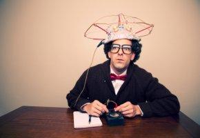 Selbstdiagnose - Fachgutachter führt einen Test an sich selbst durch