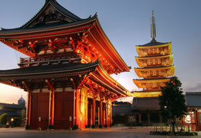 Senso-ji-Temple Asakusa in Tokio