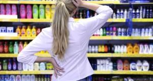 Shampoos mit Silikone im Supermarkt.
