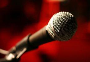 Singen für den scheinbaren Ruhm und Erfolg