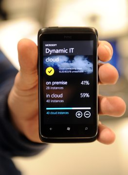 """Neues Smartphone mit """"Work and Life with the Cloud"""""""