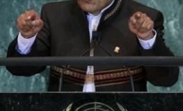 Der bolivianische Staatspräsident Evo Morales spricht vor den Vereinten Nationen. Er macht sich stark für die legalisierung von Kokaanbau.