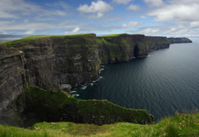 Steilklippen Cliffs of Moher in Irland