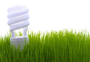 Energiesparlampe spart Strom und hält länger