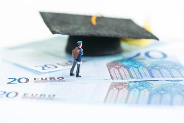 Mit dem Studienkredit finanziert man die Hochschulausbildung.