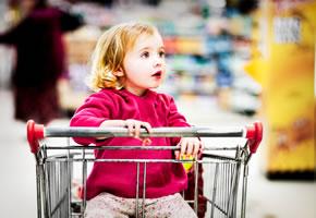 Supermarkteinkauf mit Kindern
