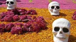 Totenköpfe: Dia de Muertos in Mexiko