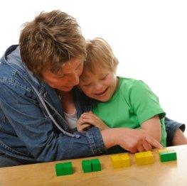 Trisomie-21: Ein Kind mit Down-Syndrom