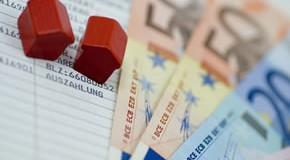 Die Umkehrhypothek eine Immobilienrente sorgt für Bargeld im Alter