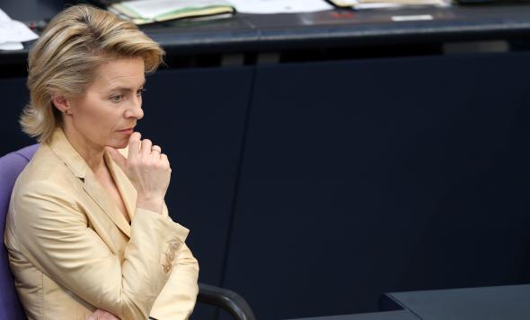 Ursula von der Leyen hat sich im Bundestag bei der Frauenquote durchgesetzt.