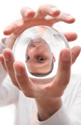 Wahrsagerei - der Blick in die Kristallkugel