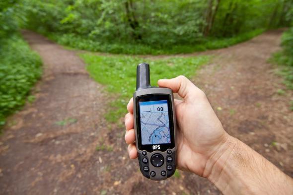 Wandern mit einem Navi per GPS Gerät.