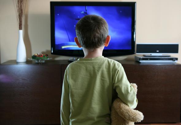 Eltern sollten darauf achten, das Kinder nich zuviel Werbung anschauen.